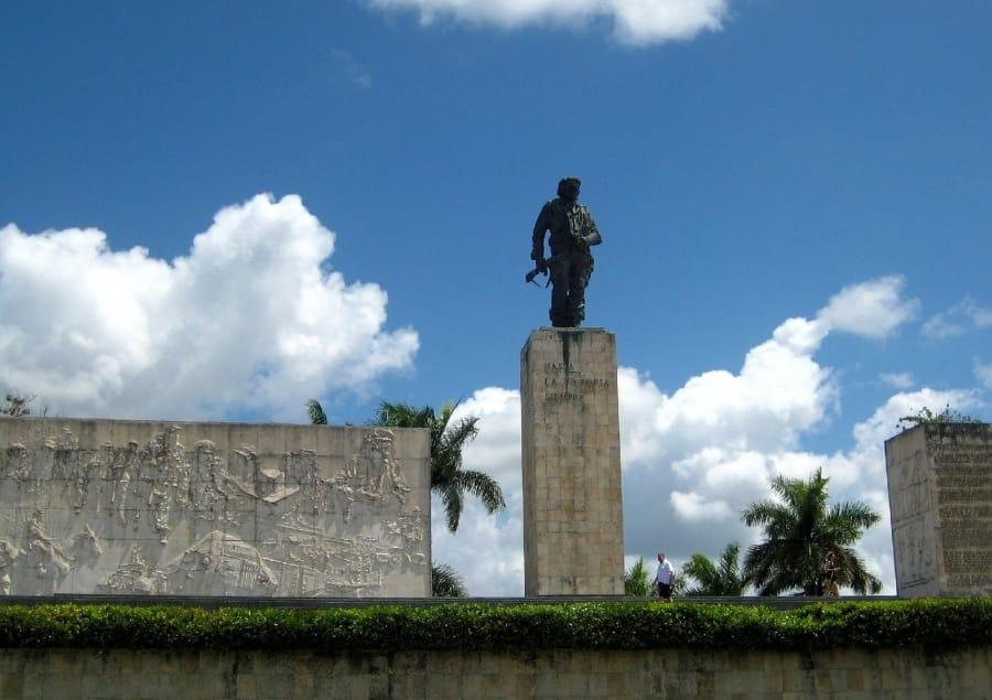 TravelXL-van-Limburg-CUBA-Mausoleum-Che-Guevara