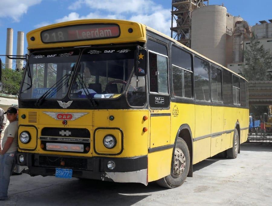 TravelXL-van-Limburg-CUBA-bus