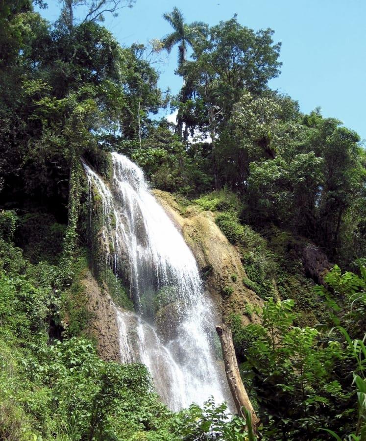 TravelXL-van-Limburg-CUBA-watervallen-Topes-de-Collantes