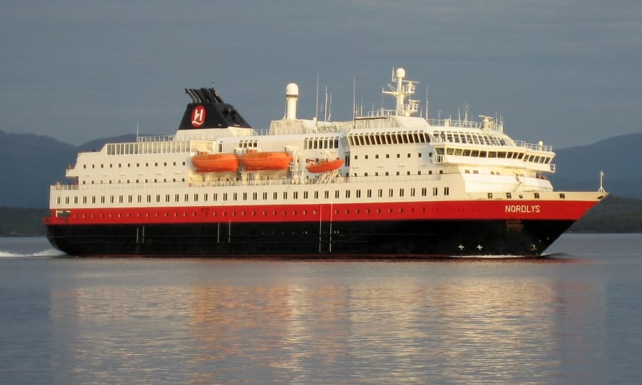 TravelXL-van-Limburg-HURTIGRUTEN-MS-Nordlys