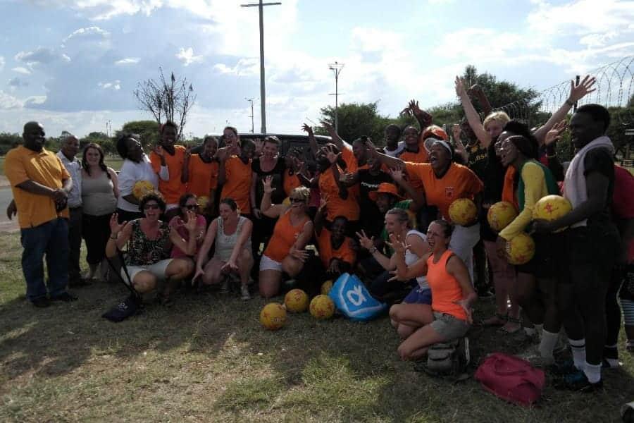 TravelXL-van-Limburg-LIMPOPO-vrouwen-netball-team