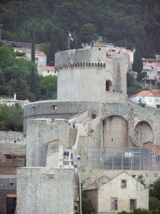 TravelXL-van-Limburg-DALMATIE-Dubrovnik-hoge-muur
