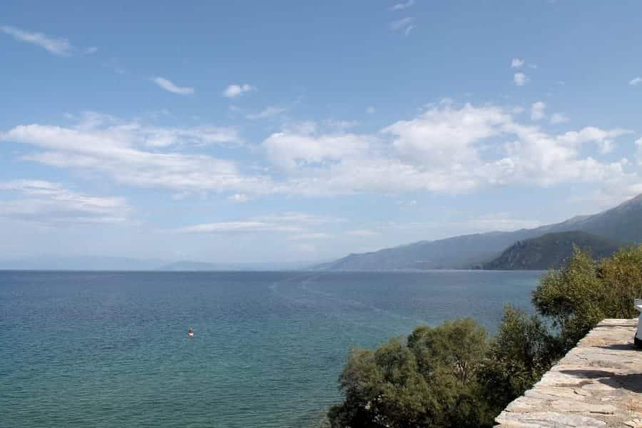 TravelXL-van-Limburg-MACEDONIE-uitzicht-meer-Ohrid