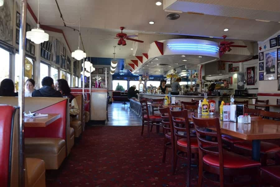 travelxl-van-limburg-usa-rockabilly-style-restaurant