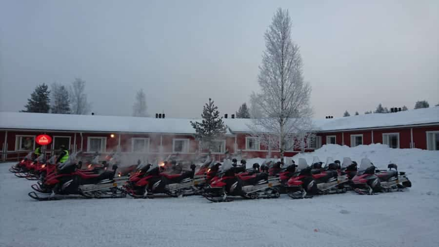 travelxl-van-limburg-fins-lapland-sneeuwscooters