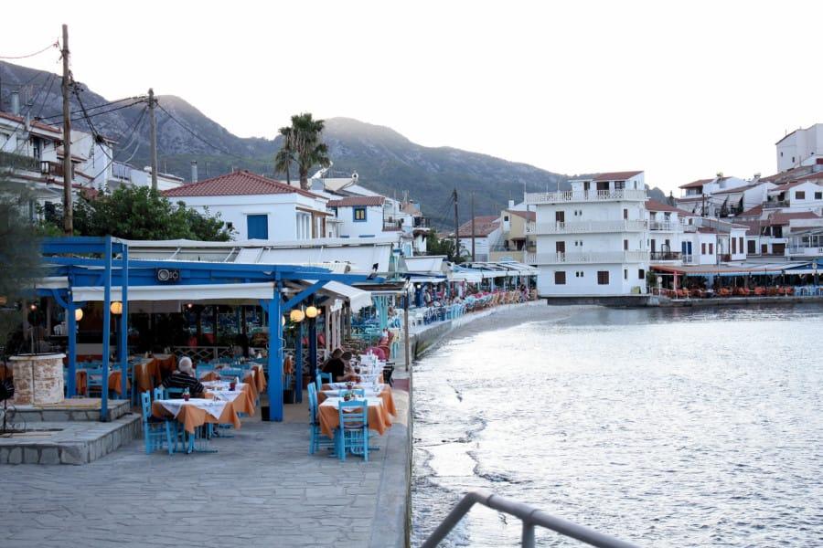 travelxl-van-limburg-samos-kokkari-haven