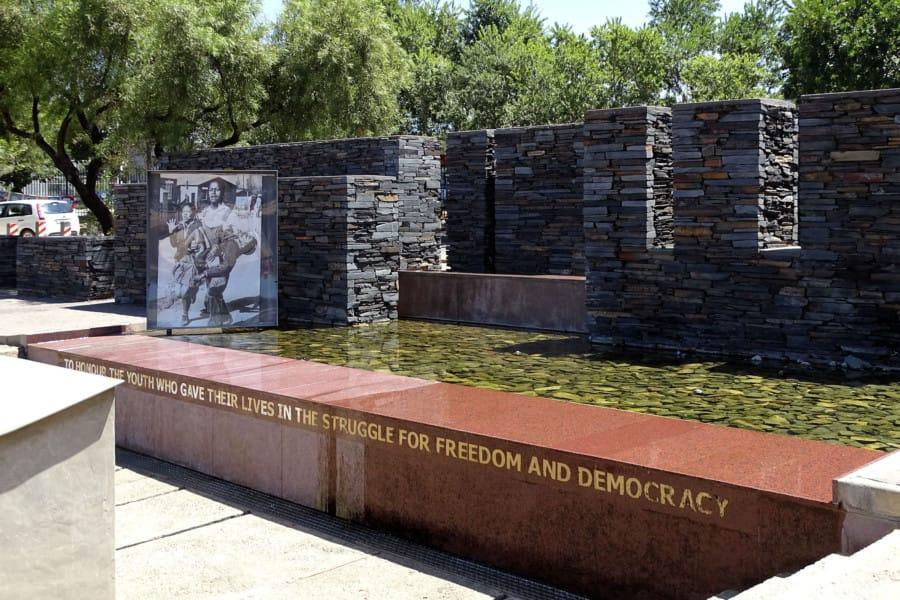 travelxl-van-limburg-zuid-afrika-johannesburg-hector-pieterson-memorial